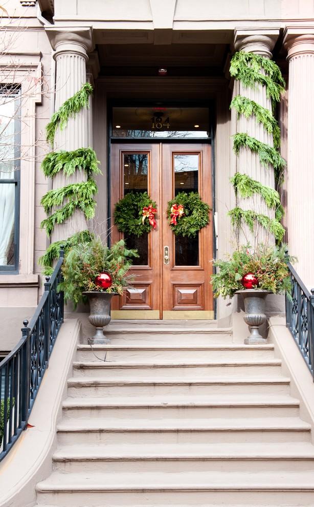 christmas-decorations-front-door-ideas-22