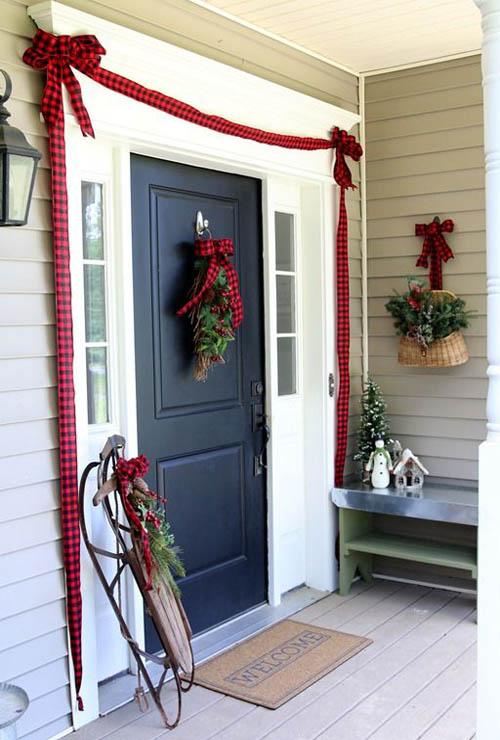 christmas-decorations-front-door-ideas-6