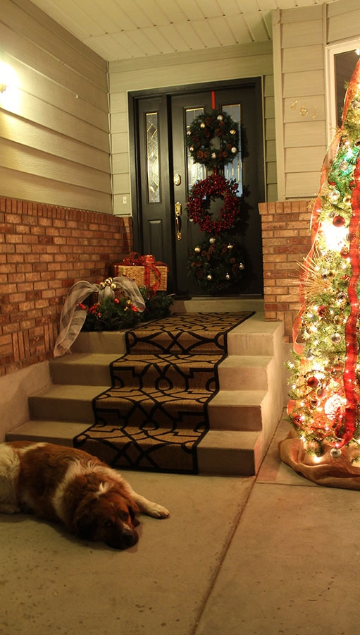 christmas-decorations-front-door-ideas-8
