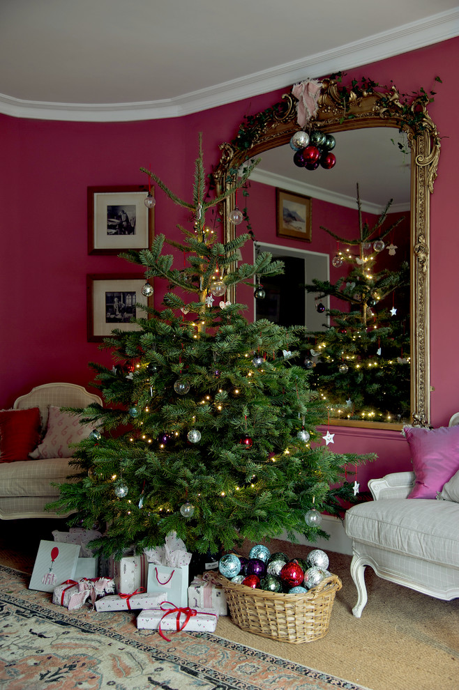 christmas-farmhouse-living-room-design