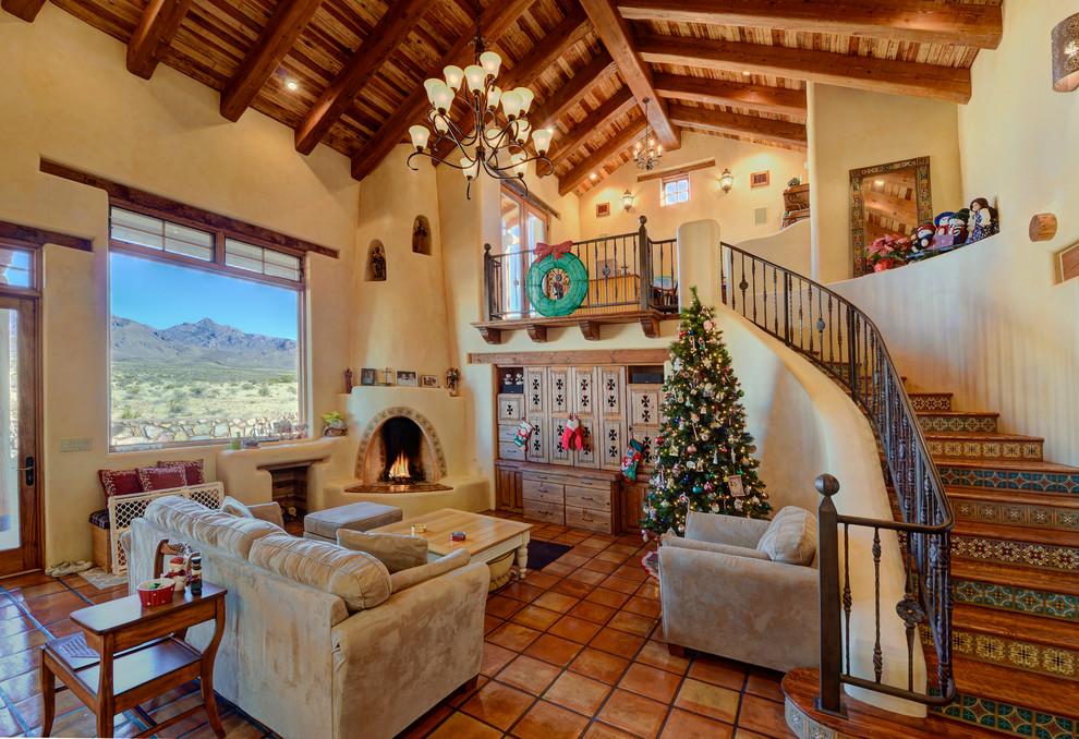 southwestern-living-room-christmas-wreath-decoration