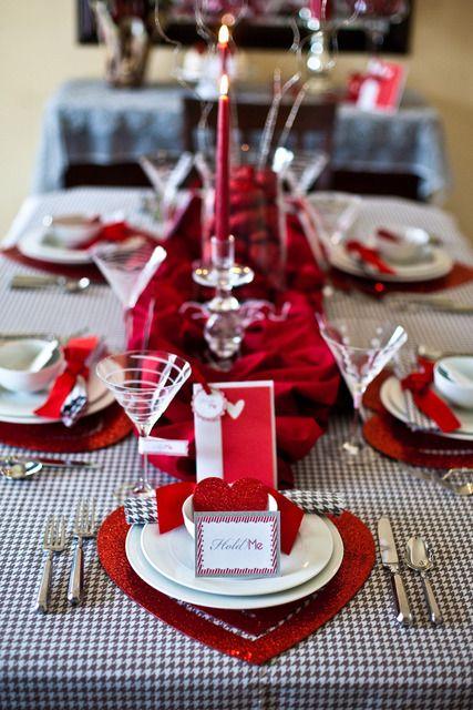 fresh-red-valentines-day-decoration-ideas-16