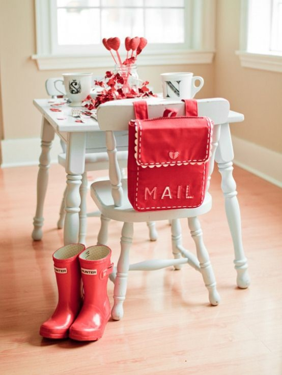 fresh-red-valentines-day-decoration-ideas-21