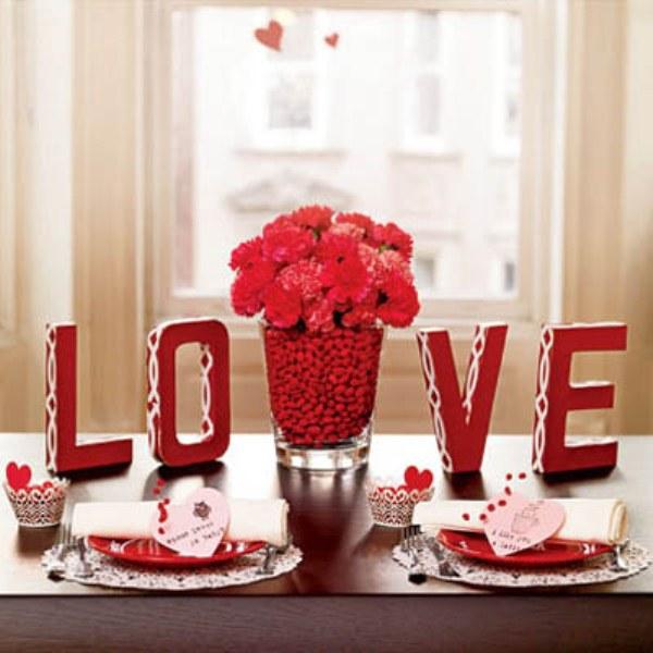 fresh-red-valentines-day-decoration-ideas-3