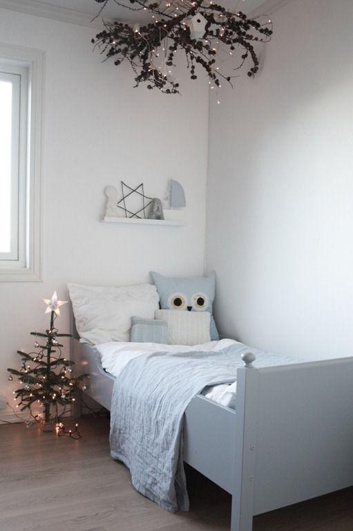 kids-room-christmas-decor-ideas-18