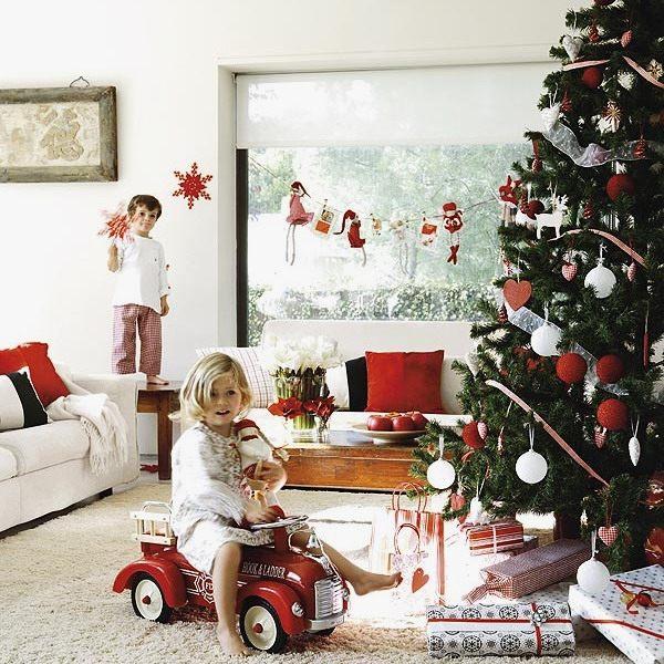 kids-room-christmas-decor-ideas-19