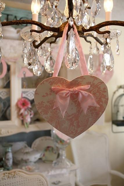 shabby-chic-valentines-decorations-34