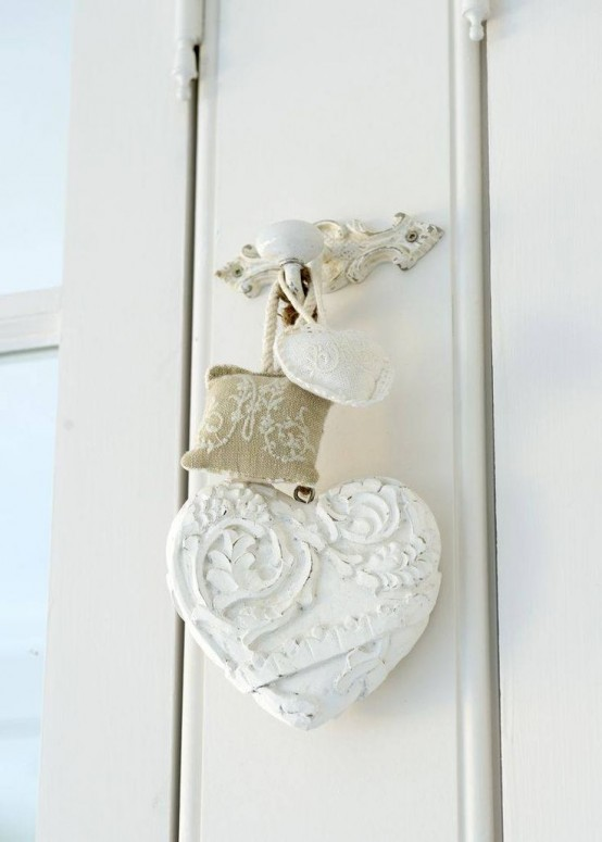 shabby-chic-valentines-decorations-38