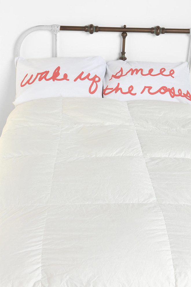 smell-the-roses-pillowcase-set