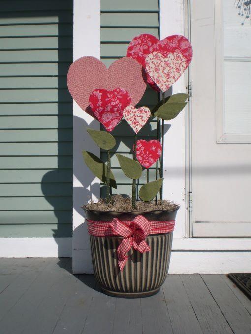 unique-outdoor-valentine-decor-ideas-5