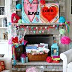 25 Valentine's Day Fireplace Decor Ideas