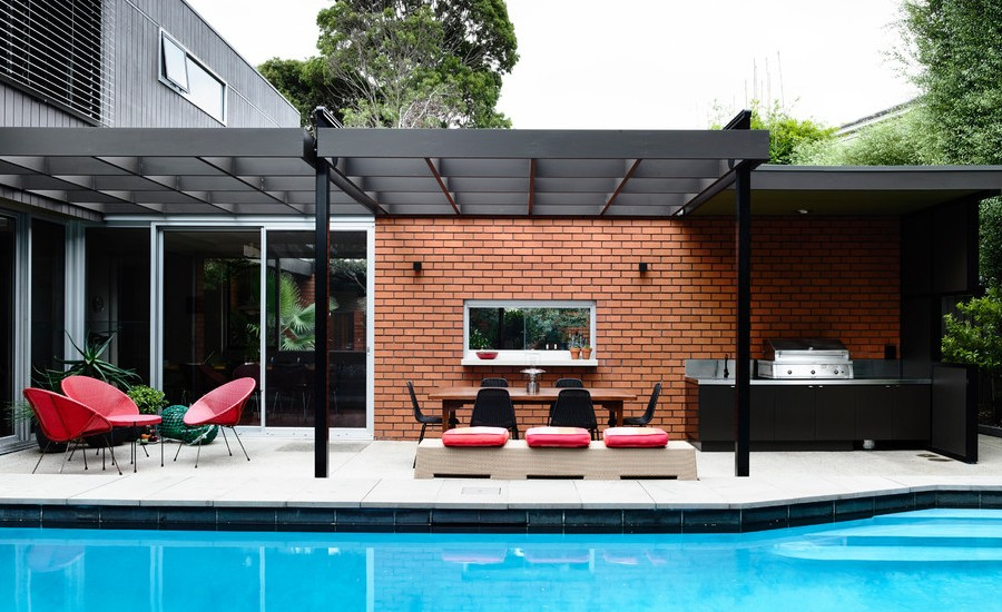 Midcentury Backyard Patio Design