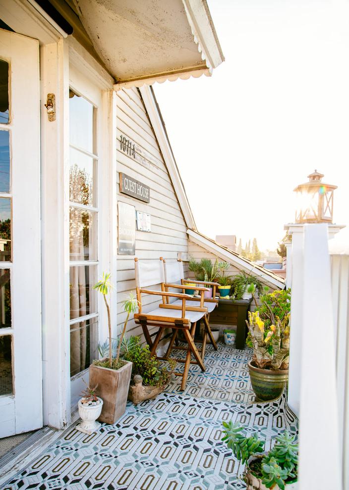 Shabby-Chic Style Balcony Design