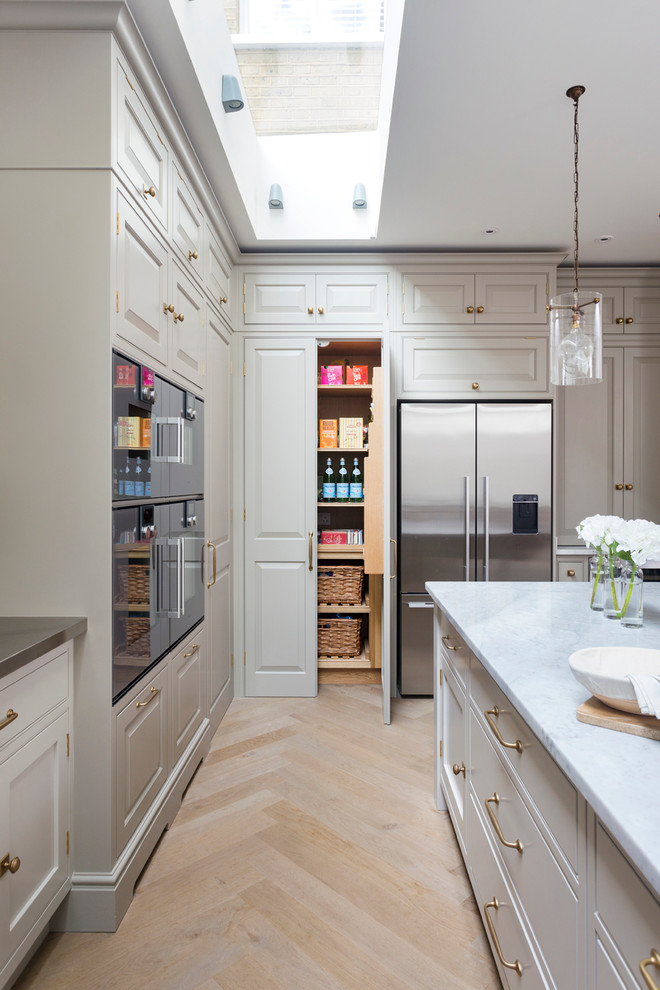 Traditional Kitchen Pantry Design