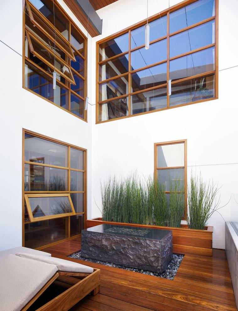 Wooden Tropical Patio Design