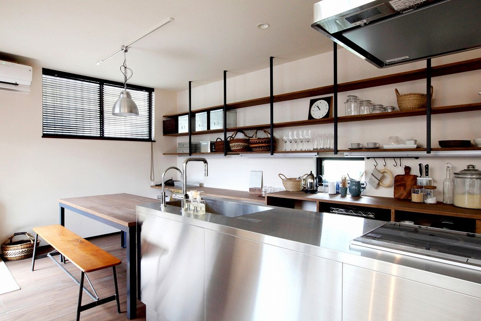 Industrial Eat-In Kitchen