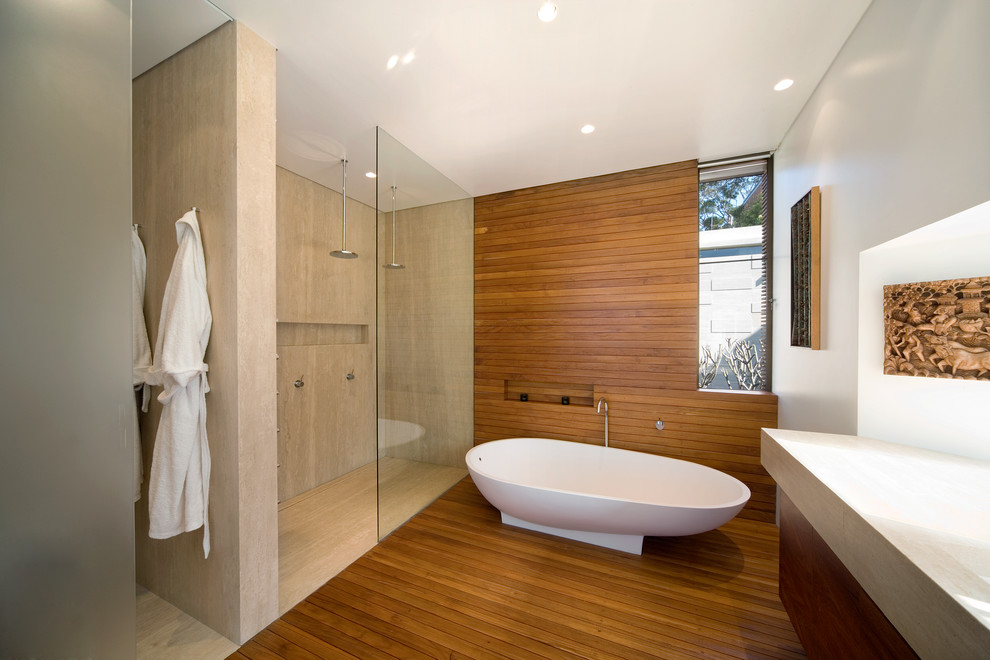 Minimalist Modern Master Bathroom Design