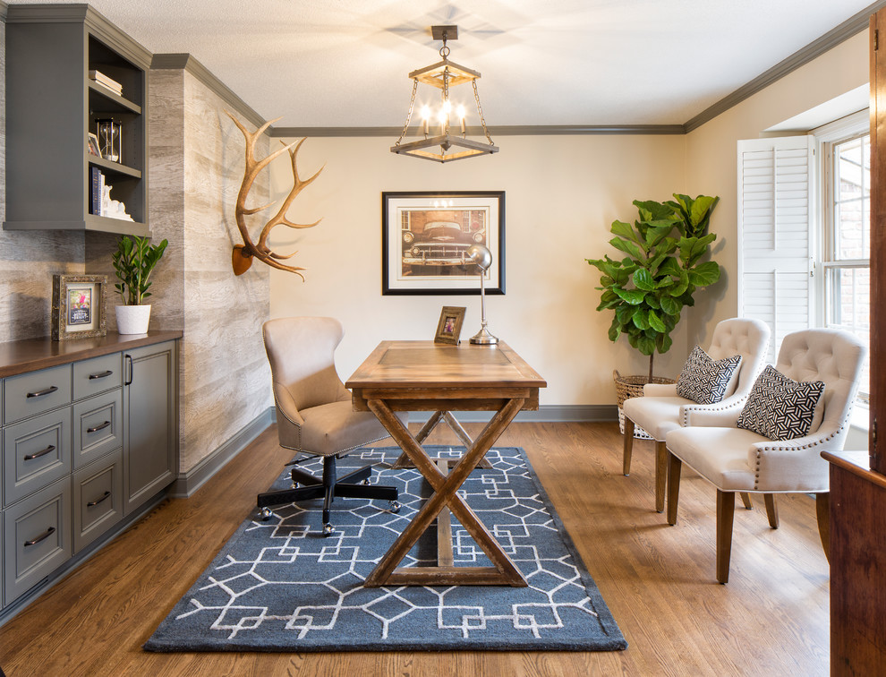 Traditional Home Office Rug Design