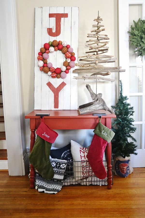 Christmas Joy Sign Decoration Ideas