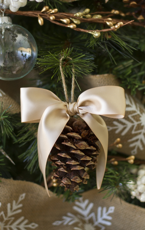 DIY Handmade Holiday Tree Ornament