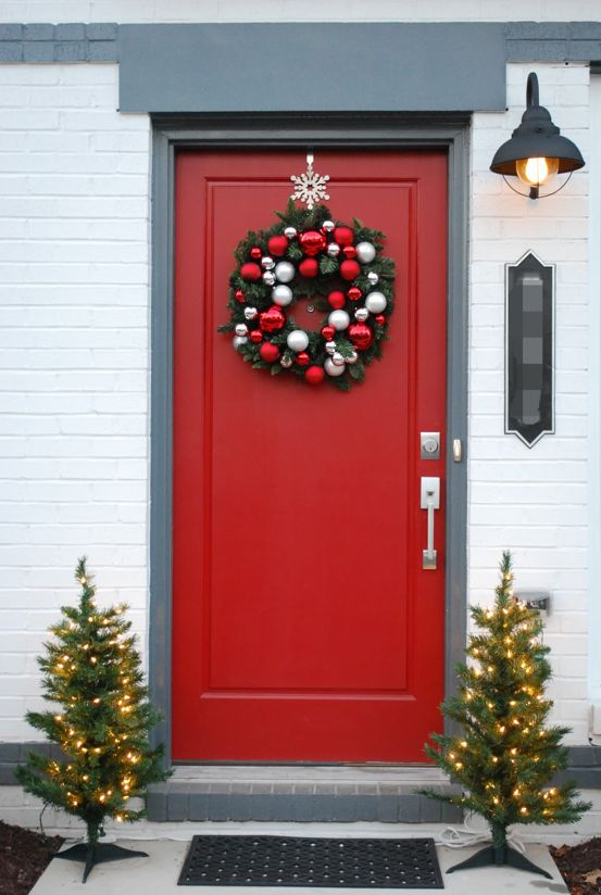 Front Doors Christmas Decorations
