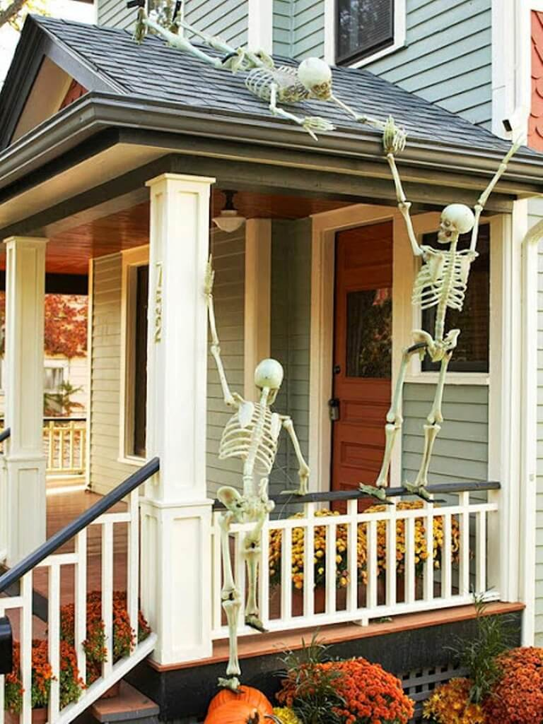 Funny Skeletons on the Roof