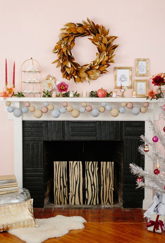 Modern Christmas Mantel Decorating Idea