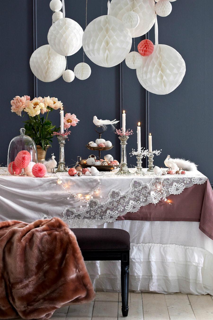 Glamorous table decor Dwellingdecor
