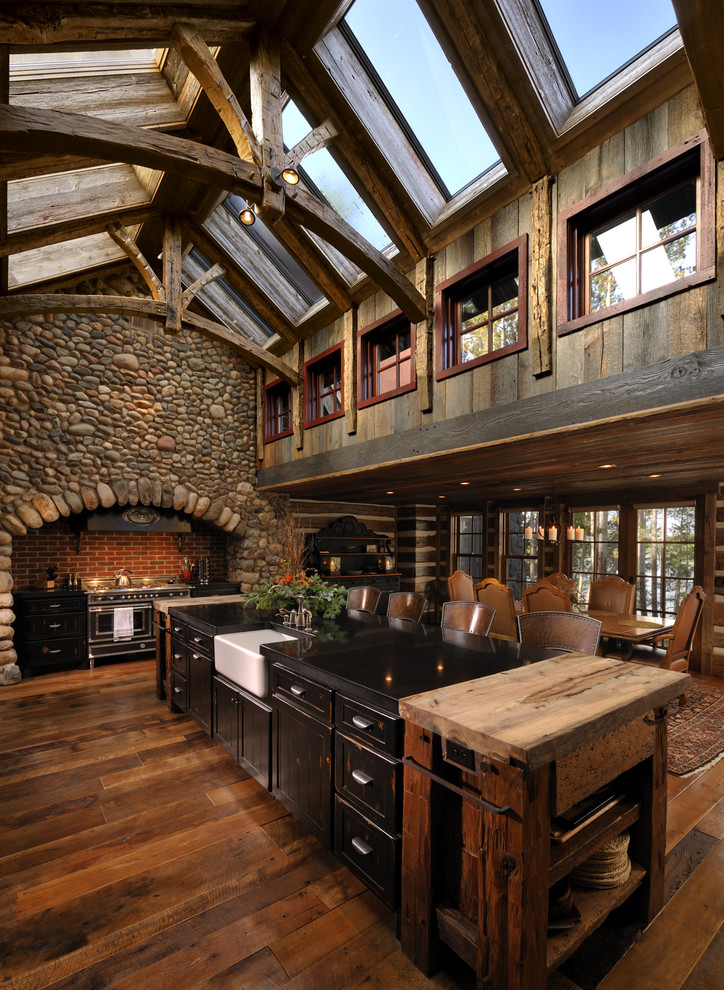 Rustic Eat in Kitchen