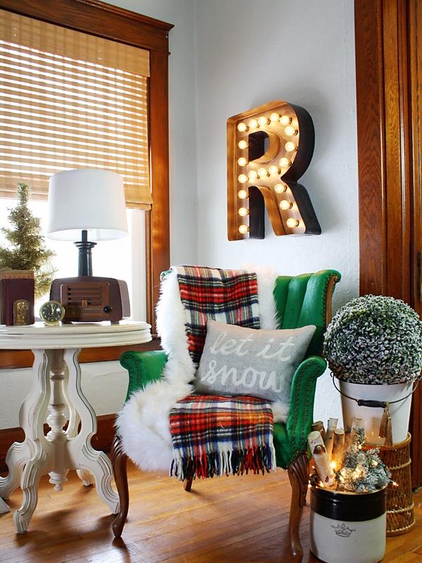 Christmas Living Room Decor Ideas thewowdecor (38)