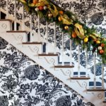 40 Amazing Christmas Stairs Decoration Ideas