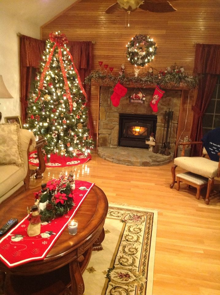 Country Christmas Home Decorating