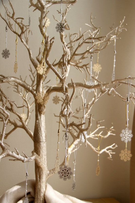 Gold Christmas Decoration Ideas (19)
