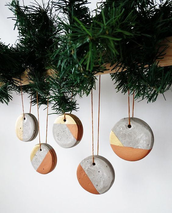 Modern Christmas Tree Ideas (4)
