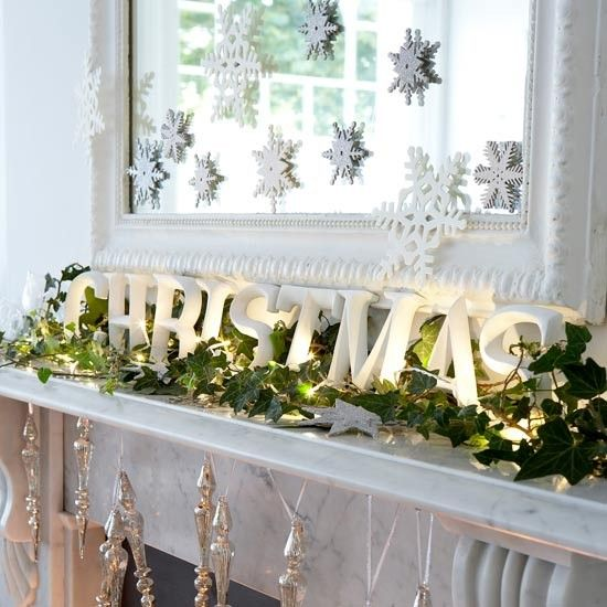 Modern Christmas Tree Ideas (7)