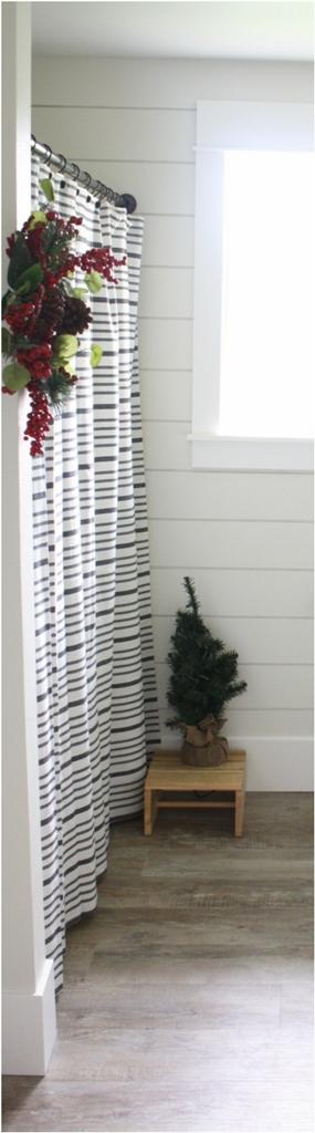 Bathroom Christmas Decoration Ideas (1)