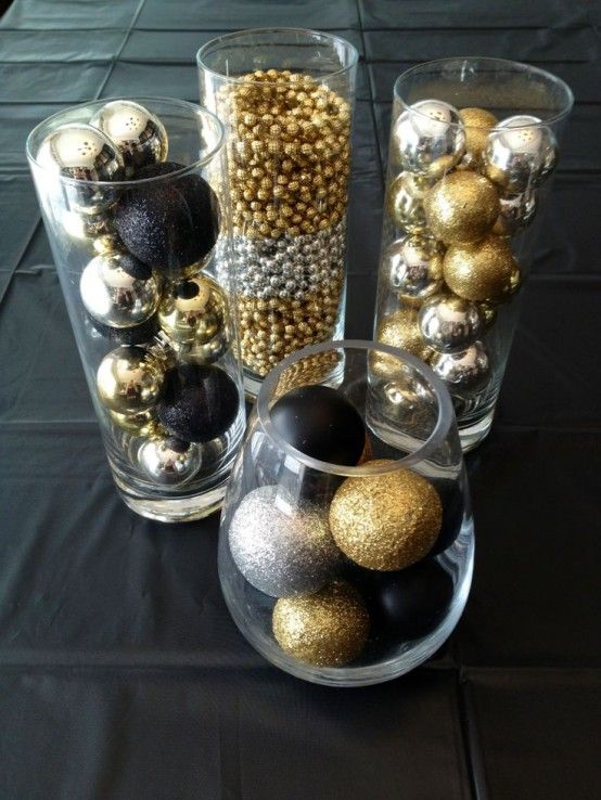 Gold Christmas Decor Ideas (12)