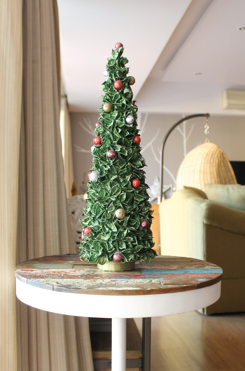Gold Christmas Decor Ideas (2)