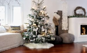 25 Modern Christmas Decoration Ideas