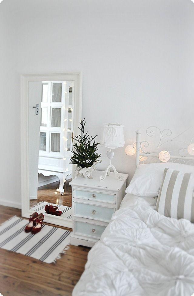 White Christmas Bedroom Decor