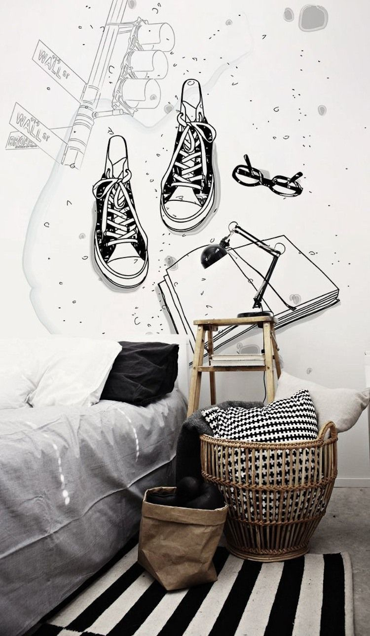 Black & White Teens Bedroom With Oversized Wall Decor Thewowdecor