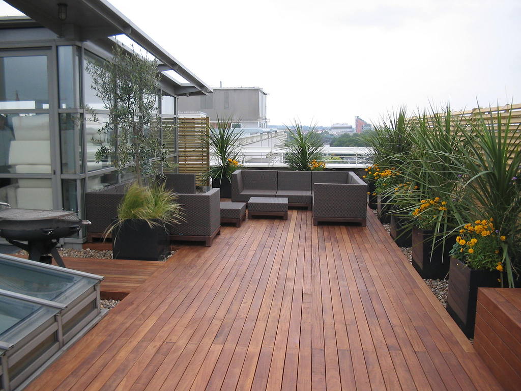 Modern Deck Design (17)