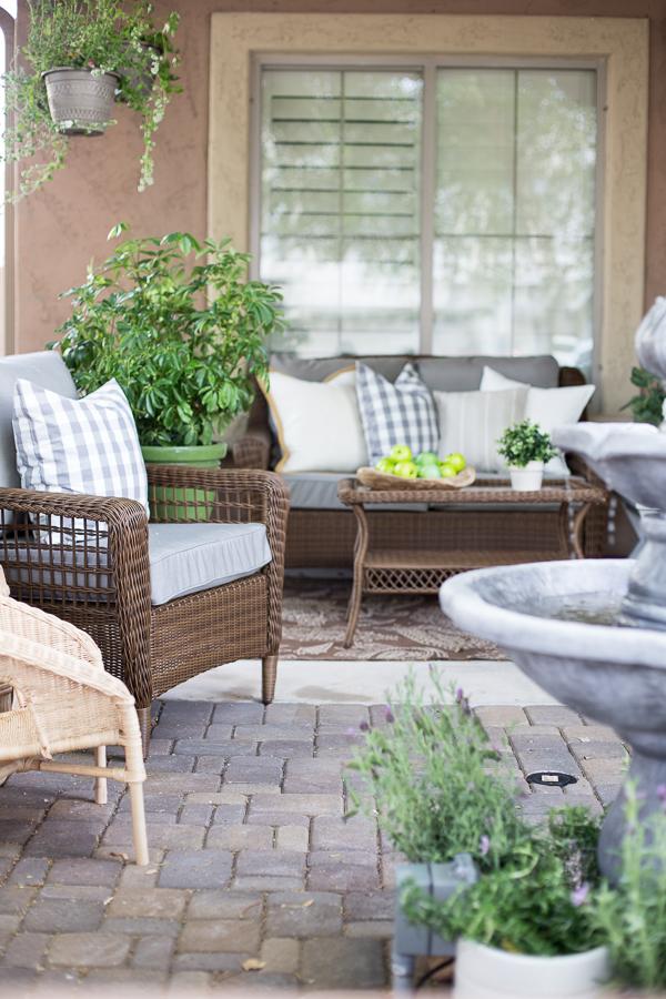Outdoor Courtyard Design Ideas (21)