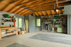 5 Tips on How to Organize a Garage