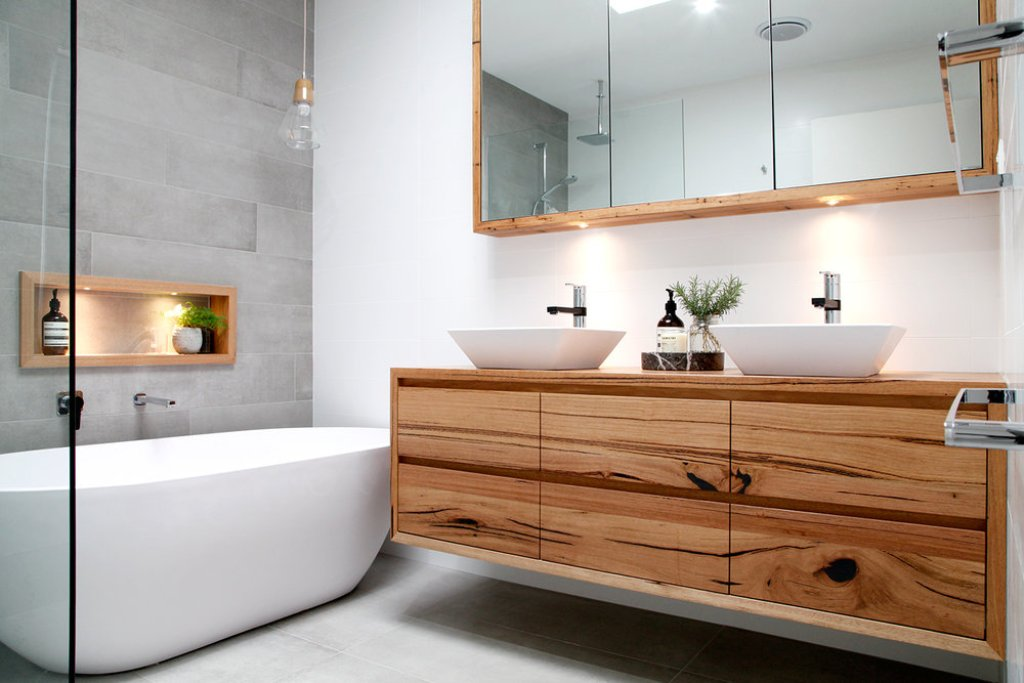 Illuka timber vanity