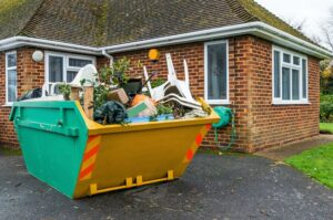How Can a Dumpster Service Help You to Décor a House?