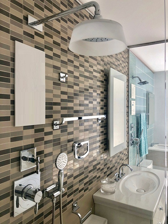 Mechanical trims and bathroom fixers