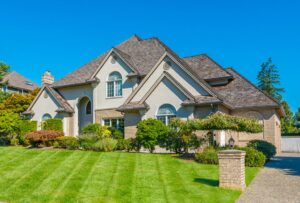 A Guide to Metal Roof vs Shingles: 5 Tips for Choosing