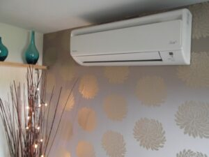 6 Ways to Keep Your Air Conditioner in Tiptop Shape