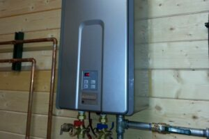 5 Signs Your Hot Water System Gives Before Breaking Down Completely!